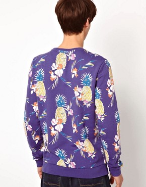 Imagen 2 de Sudadera con estampado de pias de ASOS
