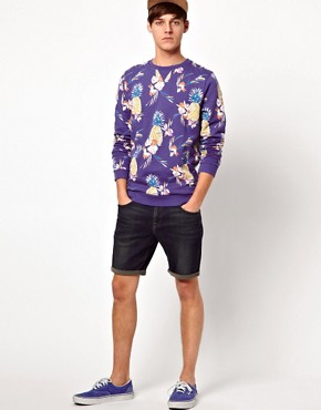 Imagen 4 de Sudadera con estampado de pias de ASOS