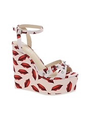 Carvela Gardinia Lips Print Wedges