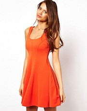 Vestido skater estructurado de ASOS