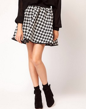 Image 4 ofASOS Full Skirt in Dogtooth Print