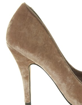 Image 2 ofASOS POKER High Heels