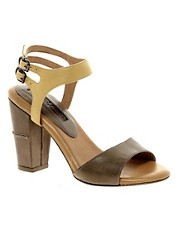 Modern Vintage Roxy Leather Sandals