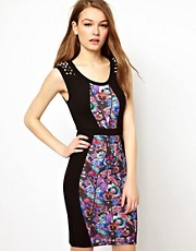 A Wear Bodycon Dress With Print