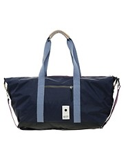 Eastpak Holdall