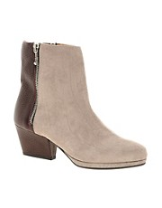 New Kid Exclusive Enid Stealth Zip Ankle Boots