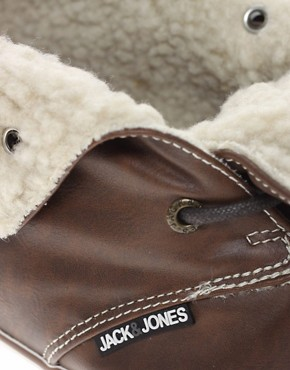 Image 2 ofJack &amp; Jones Intelligence Transfer Fur-Lined Chukka Boots