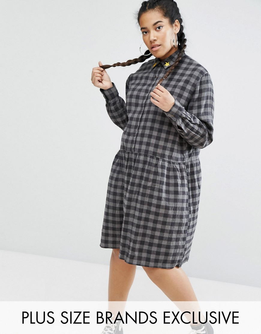 Daisy Street Plus Check Smock Dress With Embroidered Stars - Gray