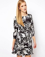 Karen Millen Floral Printed Dress with Full Skirt and Key Hole