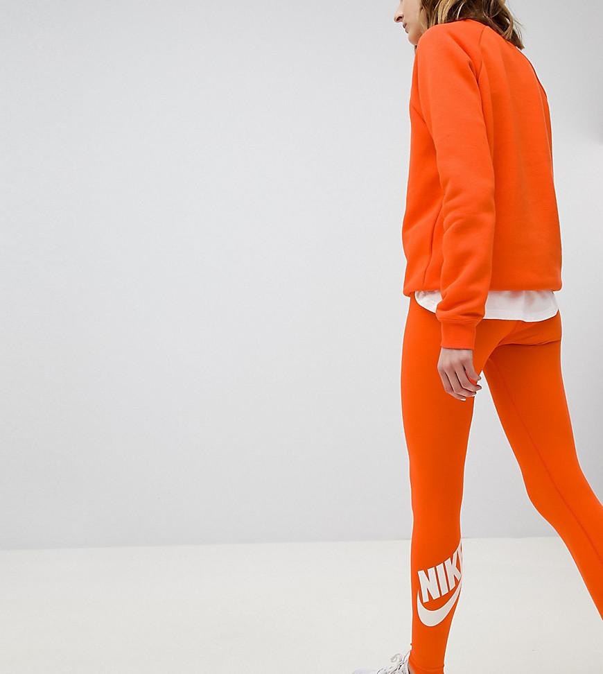 nike - Legasee - Orange Leggings mit Logo - Orange