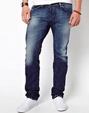 Diesel  Darron 885R  Schmal geschnittene Jeans