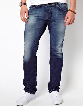 Diesel Jeans Darron Slim Fit 885R