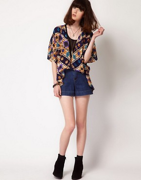 Image 4 ofBand of Gypsies Kimono Jacket In Graphic Traveller Print