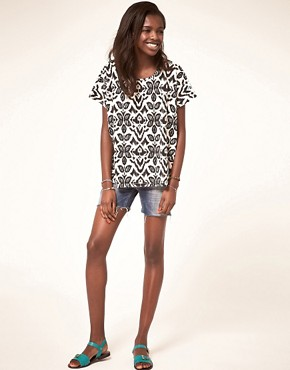 Image 4 ofASOS T-Shirt with Floral Ikat