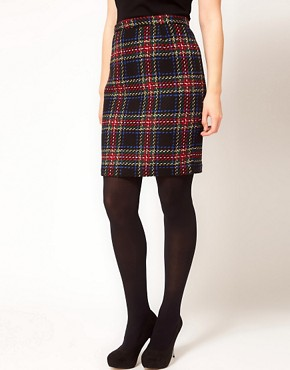 Image 4 ofASOS CURVE Exclusive Pencil Skirt In Tartan