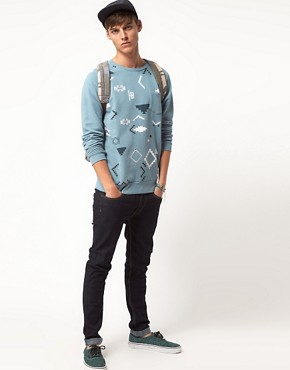 Bild 4 von ASOS  Sweatshirt mit durchgehendem Navajo-Muster