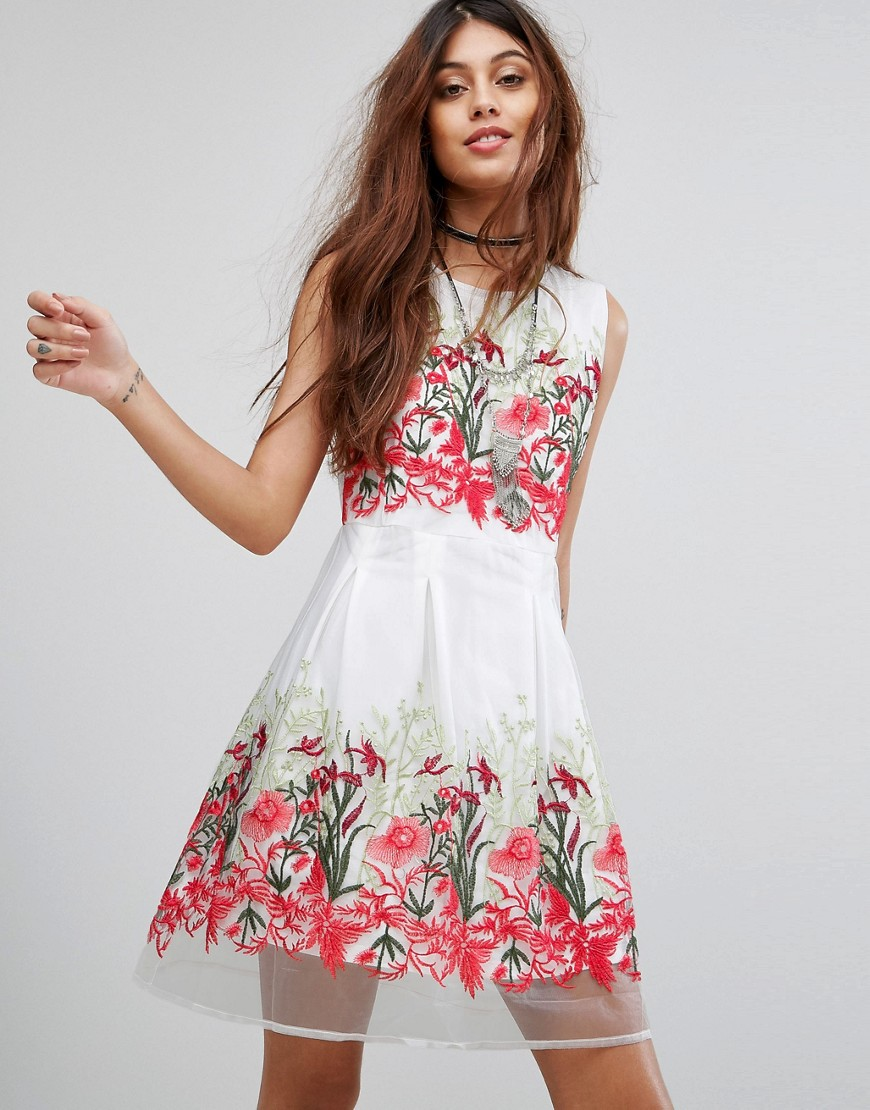 Rd & Koko Prom Dress With Floral Embroidery - White