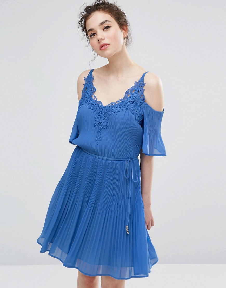Oasis Daydreamer Cold Shoulder Dress - Cornflower blue