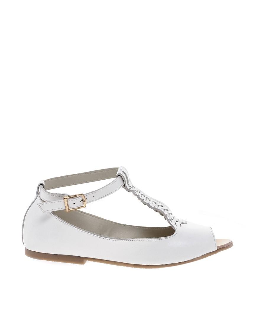 Image 1 ofASOS JIVE Leather Flat Shoes