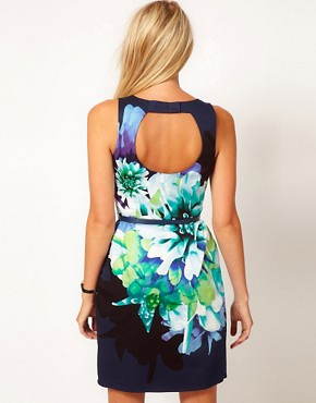 Image 2 ofOasis Floral Print Lantern Dress