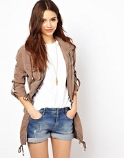 River Island - Parka comodo con zip