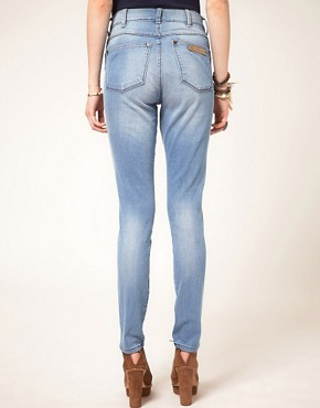 Image 2 ofWrangler Jess High Waisted Skinny Jeans