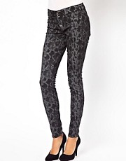 Rich And Skinny Jeans in Skinny Snake Rinse