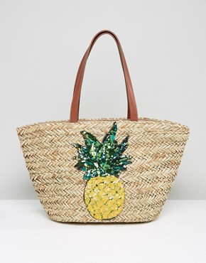 Glamorous Straw Beach Bag With Pinapple Embroidery