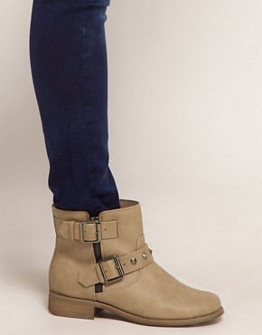 Image 3 ofNew Look Bubble Brown Biker Boots