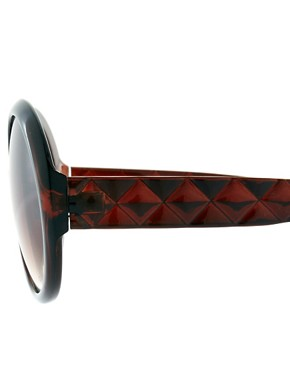 Image 4 ofRiver Island Quilted Arms Sunglasses
