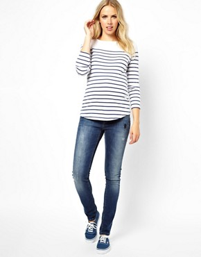 Image 4 ofASOS Maternity Elgin Skinny Jeans With Distressed Vintage Finish