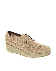Sessun Bloom Tan Woven Lace Up Wedges