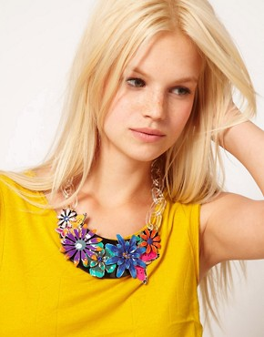 Image 3 ofASOS Darling Buds Flower Necklace