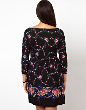 Image 2 ofASOS CURVE Exclusive Skater Dress In Dark Floral