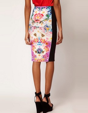 Image 2 ofASOS Pencil Skirt In Photographic Floral Print