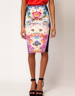 Image 4 ofASOS Pencil Skirt In Photographic Floral Print