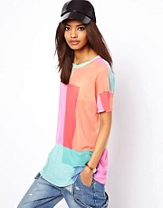 ASOS - T-shirt in tessuto retato multi colorato