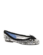 French Sole St Tropez Silver Check Pump