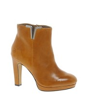 Bronx Leather Heeled Boot with Metal Detail