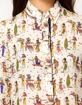 Image 3 ofNahm Silk Shirt in Egypt Print with Double Collar