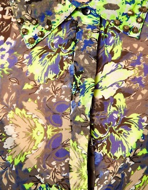 Image 3 ofVila Mirror Print Blouse