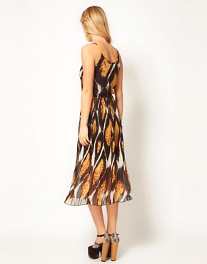 Image 2 ofJovonnista Printed Midi Dress