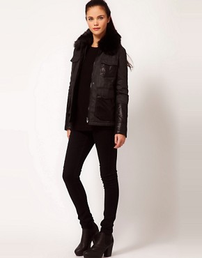 Image 4 ofRiver Island Quilted Jacket With Faux Fur Collar