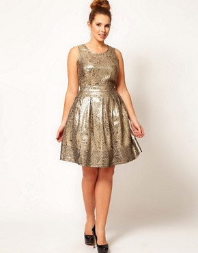 Image 4 ofASOS CURVE Exclusive Dolly Skater Dress In Gold Brocade