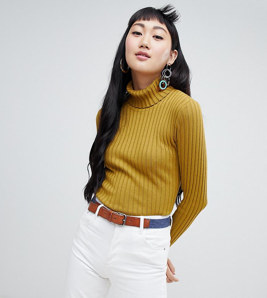- Monki – Gerippter, hochgeschlossener Pullover in Gelb