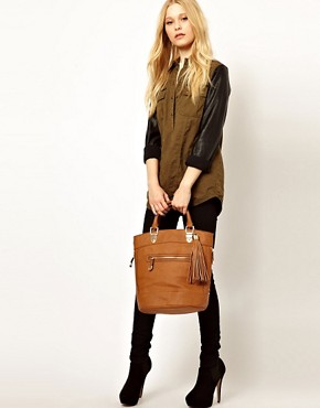 Image 3 ofRiver Island Tan Tassel Bucket Bag