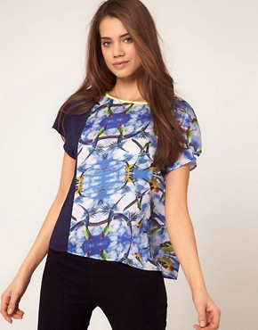 Bild 1 von ASOS  Gewebtes T-Shirt mit Vogelmotiven im Bahnendesign