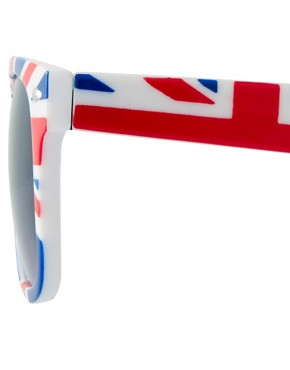 Image 4 ofASOS Union Jack Wayfarer Sunglasses