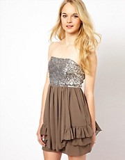 Vestido babydoll con lentejuelas de Glamorous