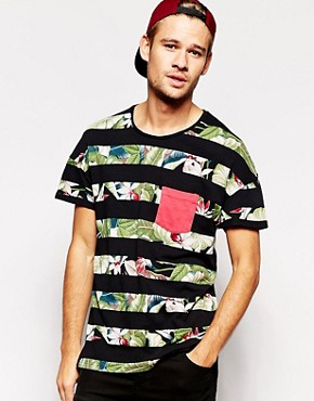 Pull&Bear T-Shirt with Floral Pocket